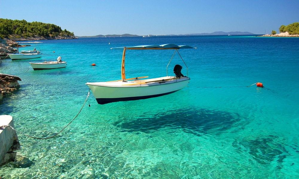 Blick für Frühbucherangebote Insel Brac
