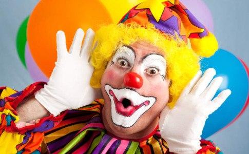 Mit einem Clown Kostüm die Kinderparty rocken