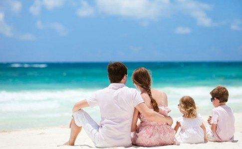 Familie in Urlaub