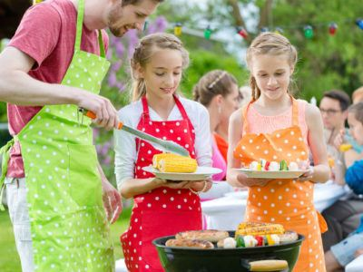 Grillparty mit Kindern