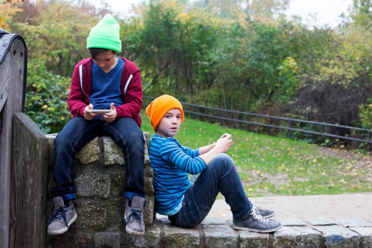 Handy für Kinder und Jugendliche