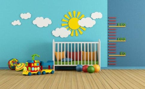 Kinderzimmer mit Wandaufklebern verschönern