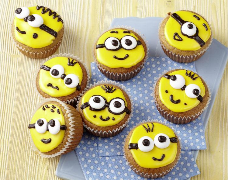 Muffins mit Minion-Gesicht