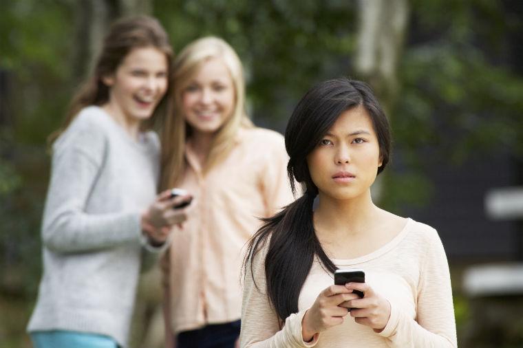 Mobbing übers Handy