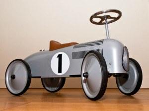 Retro Spielzeugauto für Kinder