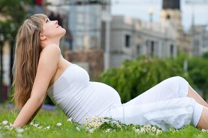 Es gibt verschiedene Anzeichen für eine aufkommende Schwangerschaft