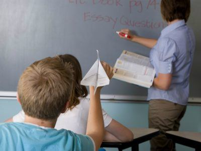 Verhaltensauffllige Schler Wie Sie als LehrerIn auf die Eltern zugehen knnen