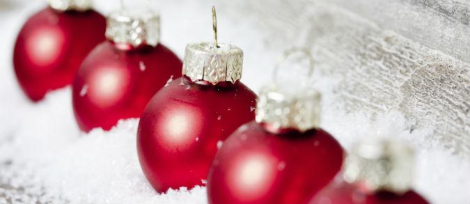 Schöne Weihnachtskugeln als Deko-Idee