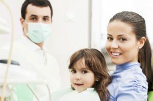 Bringen Sie Ihr Kind dazu, die Angst vorm Zahnarzt zu verlieren!