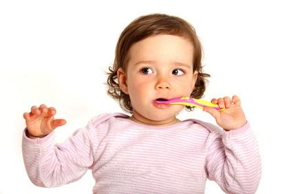 Ab wann Zähne putzen bei Babys und Kleinkindern?