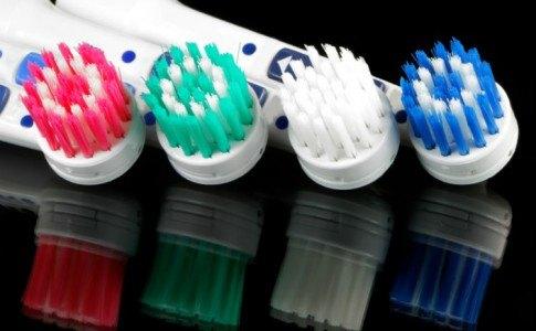 elektrische Zahnbuersten im Test