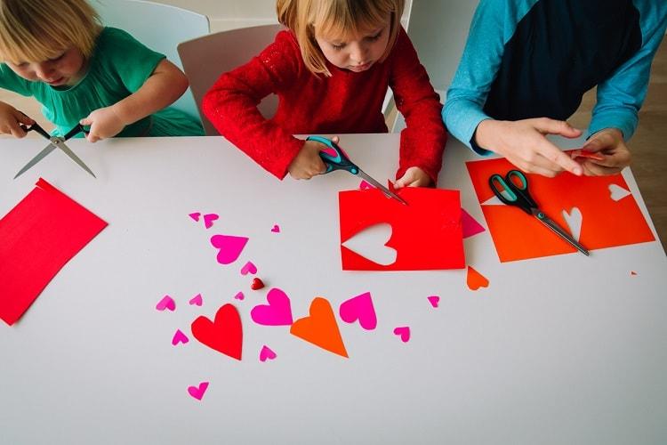 Basteln Für Den Valentinstag Das Macht Auch Den Kindern Spaß
