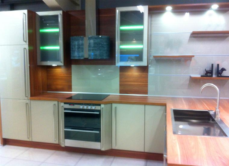 Indirekte Beleuchtung einer Küche