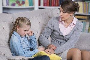 Stottern kann sich durch  zu viel Druck auf die Kinder festsetzen.