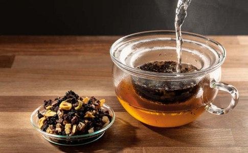 schwarzer tee inhaltsstoffe